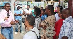 Starnieuws actie personeel bureau voor dak en thuislozen verscherpt